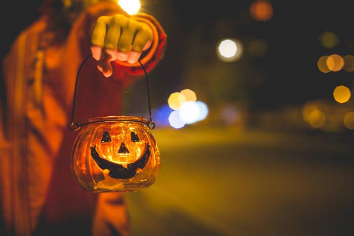 Halloween-utklädnad-kläder-dräkt